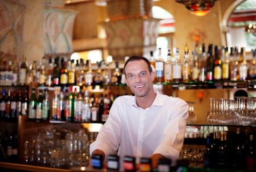 How To Become A Bar Manager  Bar Manager