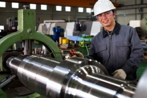 How to Become an Industrial Machinery Mechanic