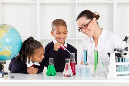 How to Become an Elementary School Science Teacher | Web College ...